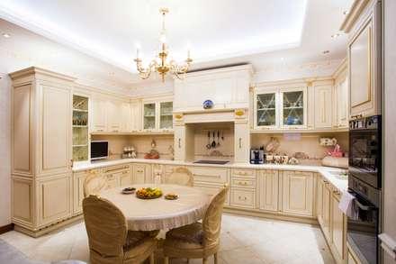 Кухня в классическом стиле: Кухонные блоки в . Автор – Технологии дизайна
