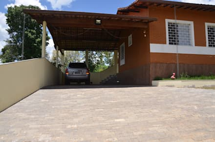 country Garage/shed by Solange Figueiredo - ALLS Arquitetura e engenharia