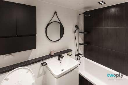 익산인테리어 익산 포스코 더샵 40평대 아파트인테리어 by 디자인투플라이: 디자인투플라이의  화장실