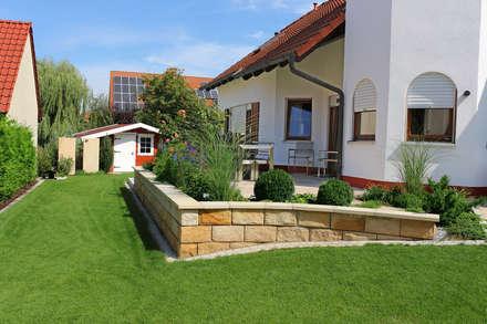 สวน by RAUCH Gaten- und Landschaftsbau GbR