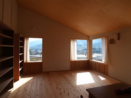 窗 by 森本敦志建築設計事務所
