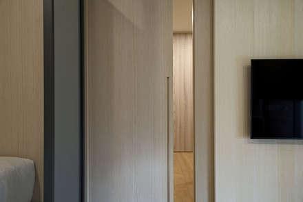 Doors by 夏川空間設計工作室