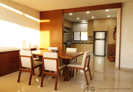 Comedor / Cocina: Comedores de estilo moderno por AFG Construcción y Diseño