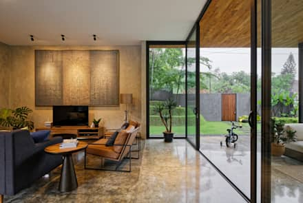 tropical Living room by Tamara Wibowo Architects