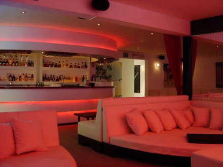 Quán bar & club by B&Ö Arquitectura interior y muebles | Diseño de bares y restaurantes / Interiorismo y Decoración México.