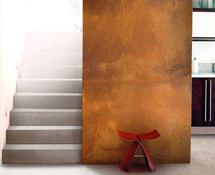 Treppenauge in Rostoptik:  Flur & Diele von Der Rieger Exclusiv