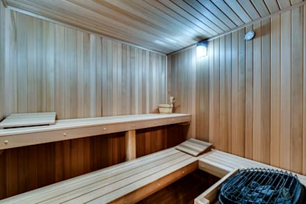 Chesapeake: modern Spa by KUBE Architecture