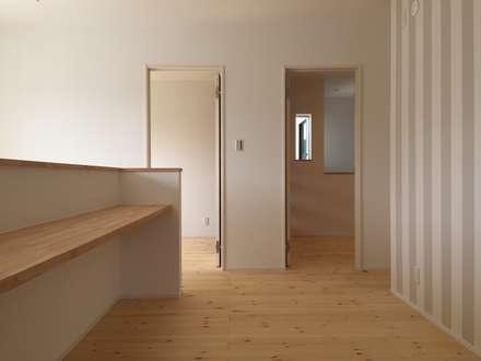 Floors by CAF垂井俊郎建築設計事務所