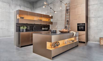 We recommend real materials: industrial Kitchen by CasaLife