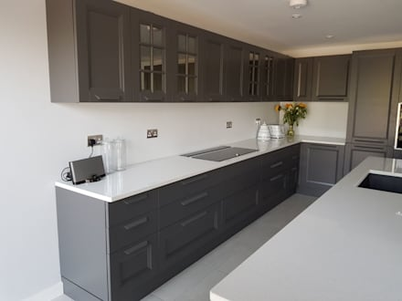 Kitchen Redesign—Southend on Sea:  Built-in kitchens by Apollo Kitchens