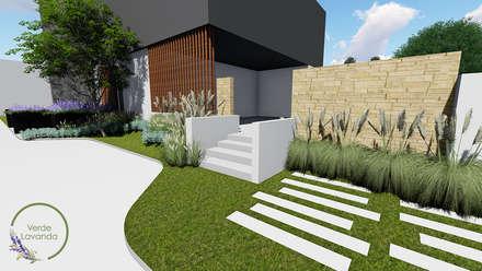 Front yard by Verde Lavanda