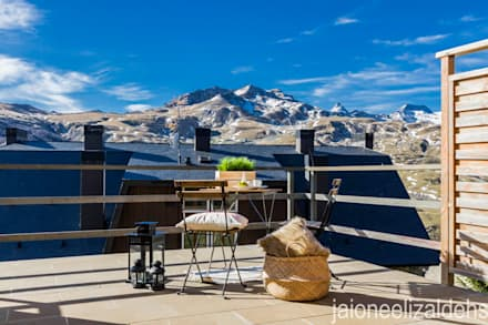 ESTILISMO Y FOTOGRAFÍA PARA VIVIENDA EN VENTA EN FORMIGAL: Terrazas de estilo  de jaione elizalde estilismo inmobiliario - home staging