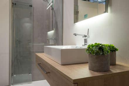 Fugenlose Dusche Weiden : minimalistisches Spa von Sebastian Kopp Malermanufaktur