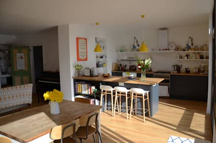 Open Plan Living for a Victorian Property:  Built-in kitchens by ArchitectureLIVE