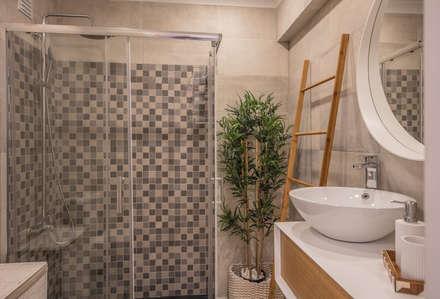 Remodelação e decoração de casa de banho T1 Cascais Guia: Casas de banho modernas por Déco Shaiin Ali