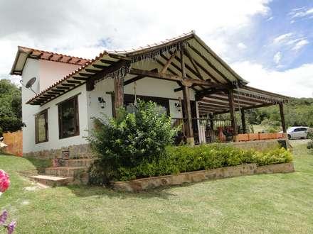 Casas rurales de estilo  de ProEscala- Arquitectos