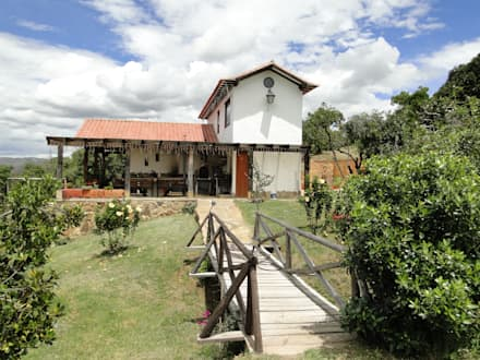 ProEscala- Arquitectos의  전원 주택