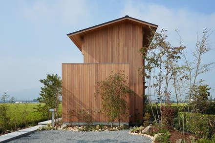 Casas de madera de estilo  por ARTBOX建築工房一級建築士事務所