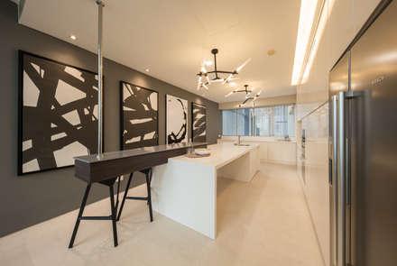One KL @ KLCC: modern Kitchen by Twelve Empire Sdn Bhd