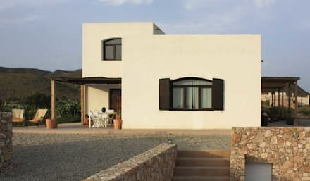 Country house by AGRANEL ARQUITECTURA