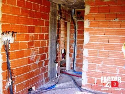 Interior#001: Paredes  por Factor4D - Arquitetura, Engenharia & Construção
