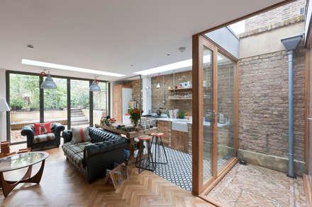 Evangelist:  Built-in kitchens by Martins Camisuli Architects