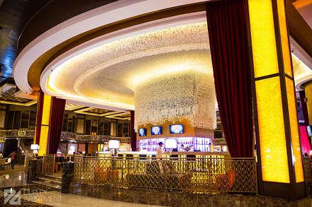 Центральный бар в Казино Sobranie (Калининградская область): Бары и клубы в . Автор – Duplex Apartment Интерьерные решения