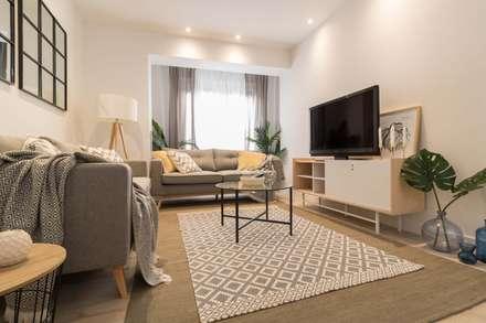 Salon: Salones de estilo escandinavo de Become a Home