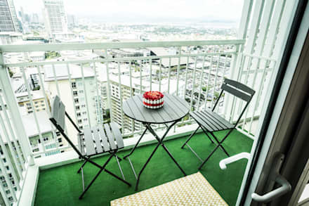 Meranti at Two Serendra:  Terrace by TG Designing Corner