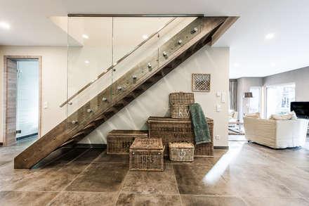 Stairs by FingerHaus GmbH