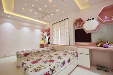 Mr. Shekhar Bedareu0027s Residence: Girls Bedroom By GREEN HAT STUDIO PVT LTD