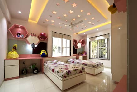 Girls Bedroom by GREEN HAT STUDIO PVT LTD