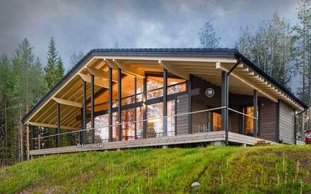 Великолепное шале из лучшего финского бруса: Деревянные дома в . Автор – LUMI POLAR