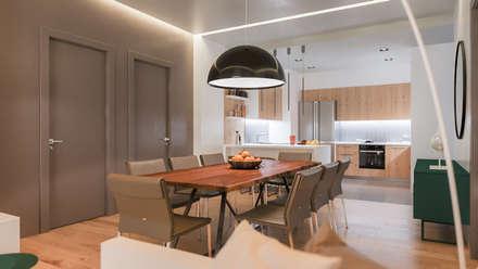 Апартаменты у моря : Столовые комнаты в . Автор – Dinastia Designs