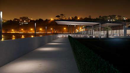 Restaurante Puerto: Restaurantes de estilo  por Artem arquitectura