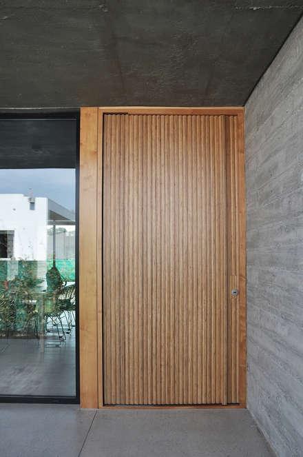 Doors by En bruto