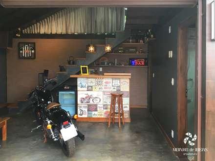 rustic Garage/shed by Moinho de Ideias Arquitetura