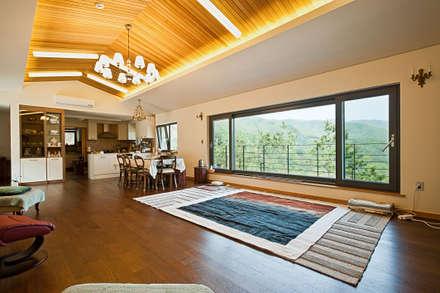 Asian Living Room By 건축사사무소 아키포럼
