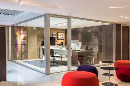 Design Group Latinamerica - MAT: Oficinas y Tiendas de estilo  por Design Group Latinamerica