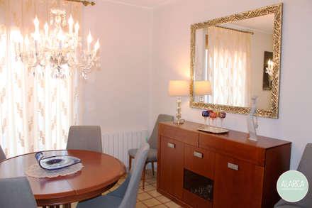 Comedor en el centro: Comedores de estilo clásico de ALARCA. Interiorismo&Hogar