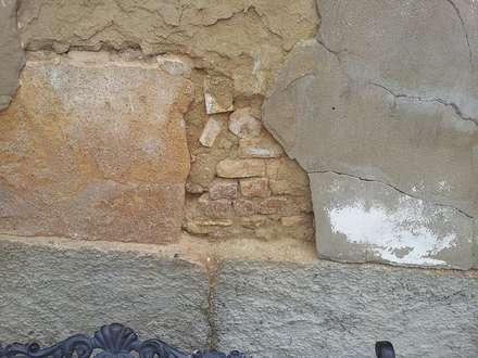 Reparación del mortero de cemento: Bodegas de estilo clásico de ConstructUX, diseña el presupuesto de tu reforma