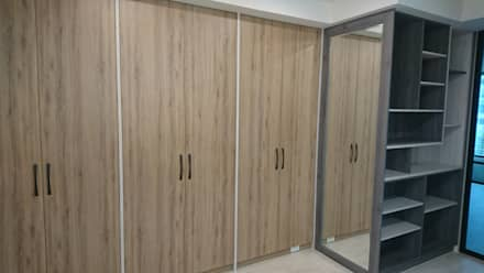 scandinavian Dressing room by 窩居 室內設計裝修