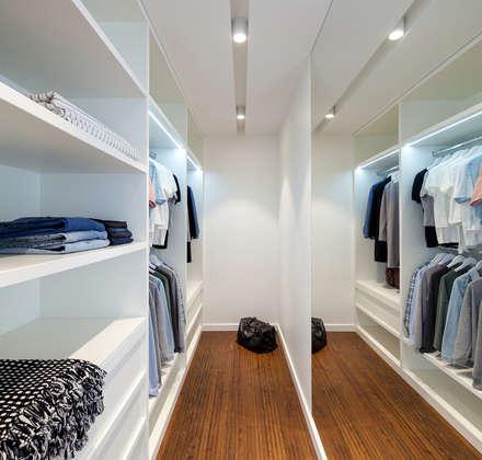 modern Dressing room by U-Style design studio