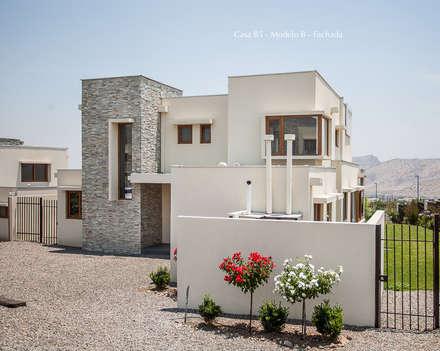 Corredora de propiedades: Oficinas y Comercios de estilo  por Nativo Propiedades