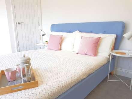 Scandinavian : scandinavian Bedroom by THE FRESH INTERIOR COMPANY