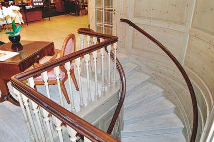 Treppe:  Hotels von Meyerfeldt Architektur & Innenarchitektur