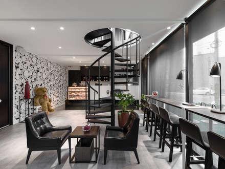 座位區:  餐廳 by 存果空間設計有限公司