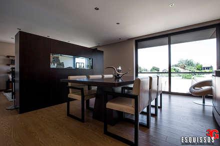 Casa Monteiro: Salas de jantar modernas por Esquissos 3G