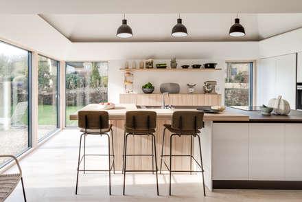 Arts & Crafts House: scandinavian Kitchen by design storey