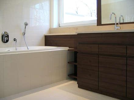 Residential:  Treppe von Plan2Plus design - Architektur I Innenarchitektur I Design